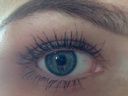 Why choose eyelash growth serum?