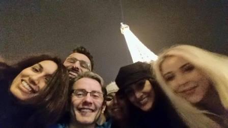 skinviva paris selfie