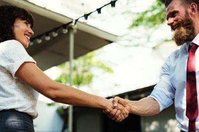 handshake you me best